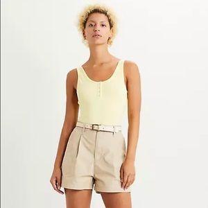 Levi's Pleated Utility High Waisted Tan Shorts 27